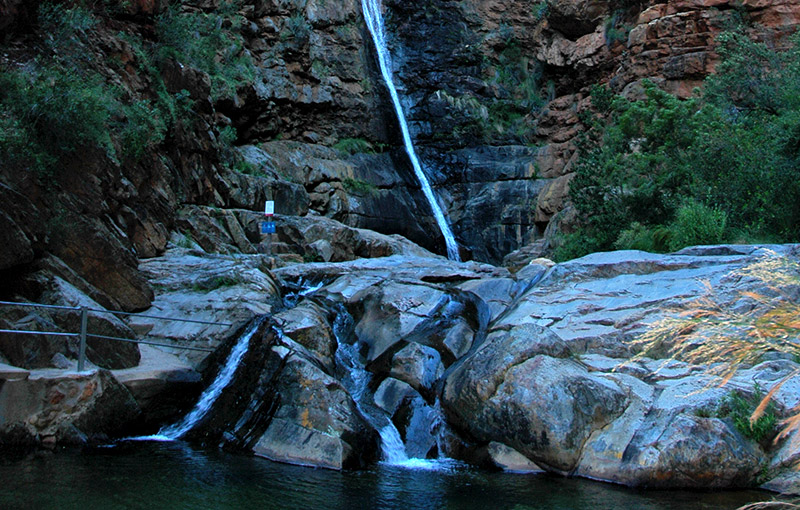 Meiringspoort Waterfall De Rust